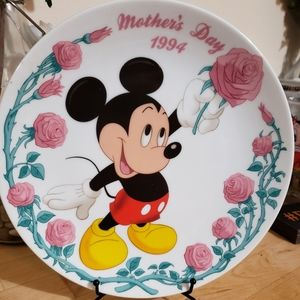Grolier collection Disney 1994 mothers day plate